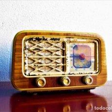 Radios de válvulas: RADIO DE VALVULAS ESPAÑOLA. Lote 105298600