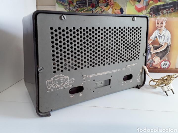 Radios de válvulas: Radio antigua philips 34 X 22,5 cm funcionando 125 w - Foto 4 - 203418557