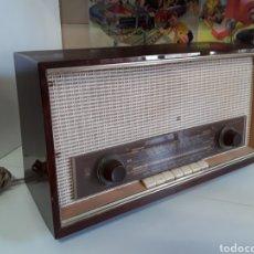Radios de válvulas: ANTIGUA RADIO GRUNDING EN MADERA 125 W FUNCIONANDO 43,5 X 25. Lote 203419955