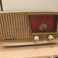Radios de válvulas: RADIO INTER MODELO CAPRI AM (M.P233/0) BAQUELITA. Lote 203933227