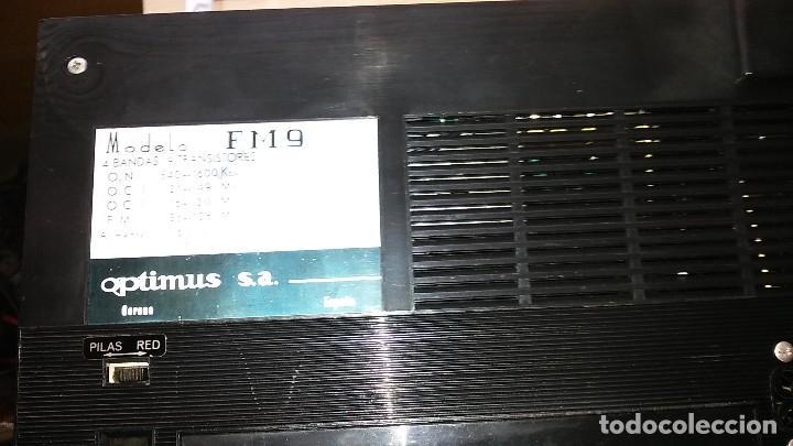 Radios de válvulas: Radio 4 bandas de transistores, marca OPTIMUS modelo FM9 - Foto 4 - 205321090