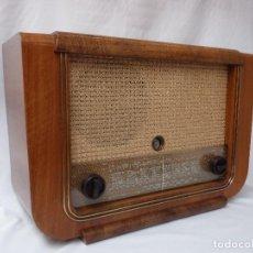 Radios de válvulas: ANTIGUA RADIO DE VÁLVULAS LOEWE OPTA, MUY BUEN ESTADO Y FUNCIONANDO (VER VÍDEO). Lote 205375218