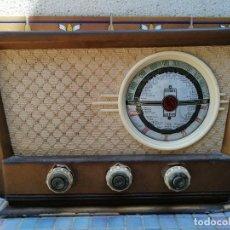 Radios de válvulas: RADIO ANTIGUA MARCA MUNDIAL RADIO. Lote 205610646