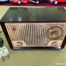Radio a valvole: ANTIGUA RADIO DE VALVULAS EN BAQUELITA FUNCIONANDO A 125V.. Lote 205739193