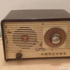 Radios de válvulas: RADIO PHILIPS B1E82U BAQUELITA.. Lote 206245176