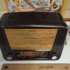 Radios de válvulas: RADIO DE BAQUELITA. Lote 206812800