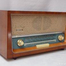 Radios de válvulas: ANTIGUA RADIO DE VÁLVULAS MARCA STERN, MAGNIFICO ESTADO ESTÉTICO Y TÉCNICO, MUY BUEN SONIDO.. Lote 207416130