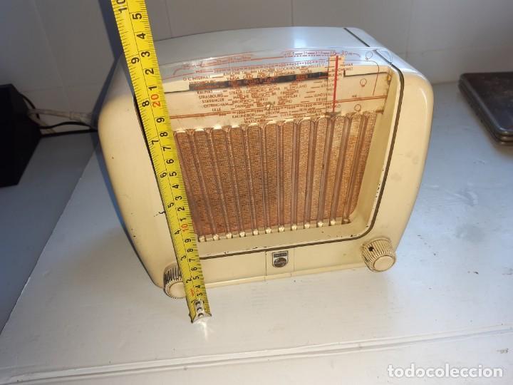 Radios de válvulas: Radio antugua Philips peineta blanco - Foto 3 - 207437231