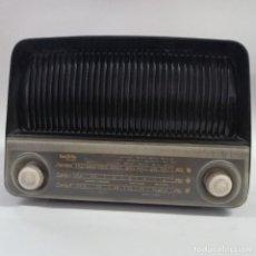Radios de válvulas: RADIO DE VÁLVULAS INVICTA, MODELO FLORIDA 5301, AÑO 1951. Lote 208309843