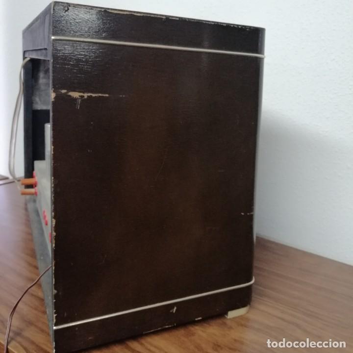 Radios de válvulas: RADIO DE VÁLVULAS Ondina, AÑOS 50-60, 6 LÁMPARAS. FUNCIONANDO - Foto 3 - 208311700