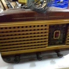 Radios de válvulas: BONITA RADIO BUEN ESTADO. Lote 209705585