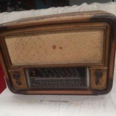 Rádios de válvulas: ANTIGUA RADIO DE MADERA,DE,VALVULAS!. Lote 209727067