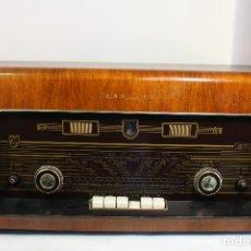Radios de válvulas: RADIO PHILIPS B5X62A. Lote 210053325