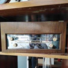 Radios de válvulas: MAGNÍFICA RADIO DE VÁLVULAS EN PERFECTO ESTADO PARA IR EMPOTRADA O AMPLIFICADA DE UNOS 25X30X50 CMS.. Lote 210083982