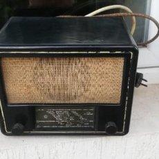 Radios de válvulas: RADIO VOROSHILOV TODO BAQUELITA ORIGINAL 1954 FUNCIONANDO. Lote 210166413