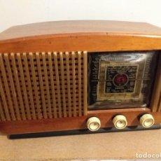 Radios de válvulas: RADIO RADIODINA 299 MADERA. FUNCIONA. Lote 210973190