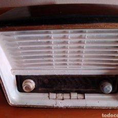 Radios de válvulas: RADIO VÁLVULAS TELEFUNKEN CAMAPANELA. Lote 211445304