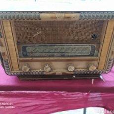 Radios de válvulas: RADIO ANTIGUA. Lote 211582984