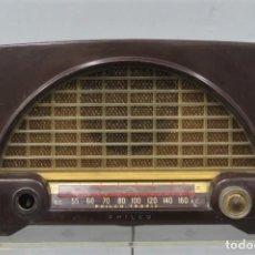 Radios de válvulas: RADIO PHILCO TROPIC. BAQUELITA. Lote 212024688