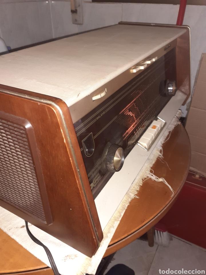 RADIO PHILIPS B5X94A, FUNCIONANDO. (Radios, Gramófonos, Grabadoras y Otros - Radios de Válvulas)