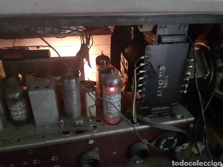 Radios de válvulas: Radio Philips B5X94A, Funcionando. - Foto 11 - 212302658