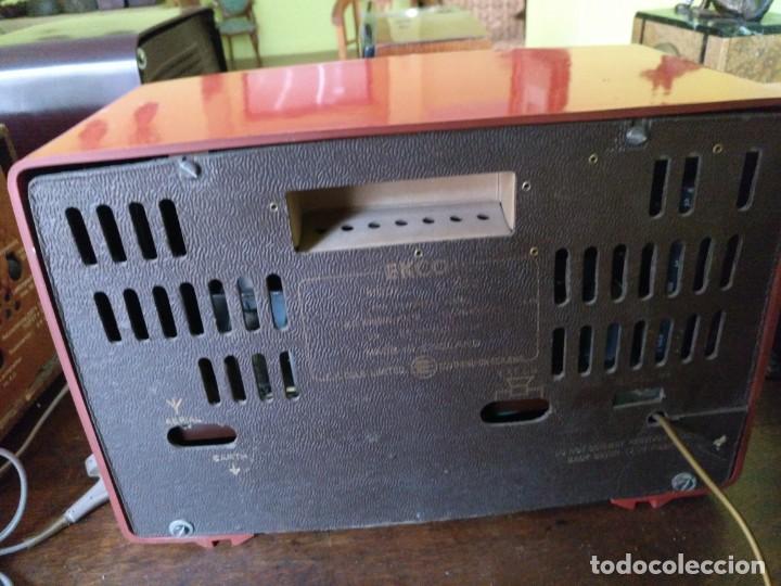 Radios de válvulas: ANTIGUA RADIO EN BAQUELITA DE LA MARCA EKCO FUNCIONANDO PERFECTAMENTE. - Foto 5 - 212518711