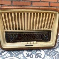 Radios de válvulas: TELEFUNKEN ADAGIO 220V. MÁS PONIENDO USMO EN EL BUSCADOR. Lote 212771745