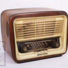Radios de válvulas: ANTIGUA RADIO DE VÁLVULAS TELEFUNKEN SERENATA 57 - U-1625-3D - CARCASA DE MADERA - AÑOS 50. Lote 213618806