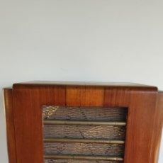Radios de válvulas: ANTIGUA RADIO AMERICANA DE VÁLVULAS. Lote 213672888