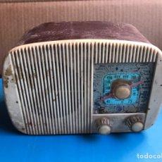 Radios de válvulas: ANTIGUA Y PRECIOSA RADIO VICA MODELO 230 VALVULAS. Lote 213677970