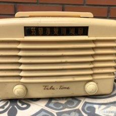 Radios de válvulas: RADIO ANTIGUA TELE-TONE 166. MÁS PONIENDO USMO. Lote 214096970