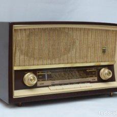 Radios de válvulas: ANTIGUA RADIO DE VÁLVULAS MARCA GRUNDIG, MAGNIFICO ESTADO Y FUNCIONANDO CON BUEN SONIDO (VER VÍDEO). Lote 215513478