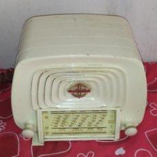 Radios de válvulas: ANTIGUA RADIO MINIATURA DE VÁLVULAS DUCRET THOMSON. Lote 217722363