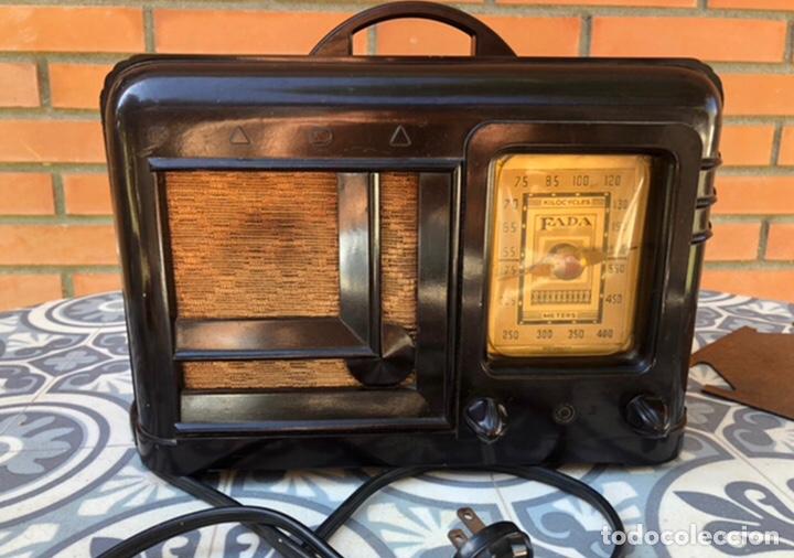 Radios de válvulas: Radio antigua Fada model 220. Más poniendo USMO . - Foto 5 - 218349902