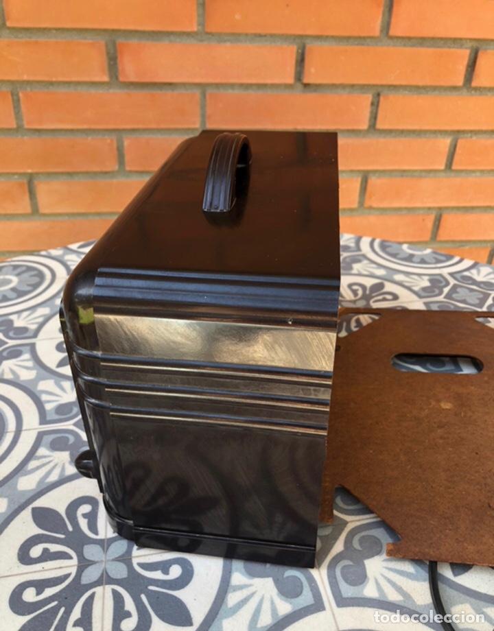 Radios de válvulas: Radio antigua Fada model 220. Más poniendo USMO . - Foto 7 - 218349902