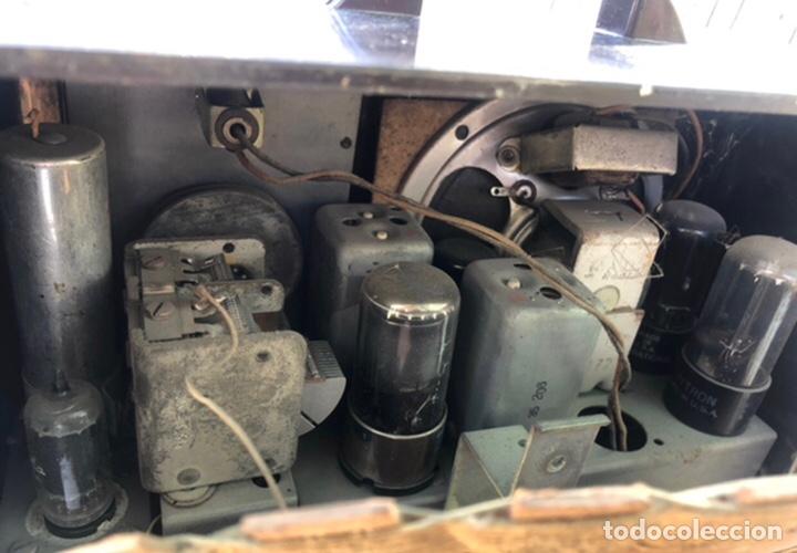 Radios de válvulas: Radio antigua Fada model 220. Más poniendo USMO . - Foto 11 - 218349902