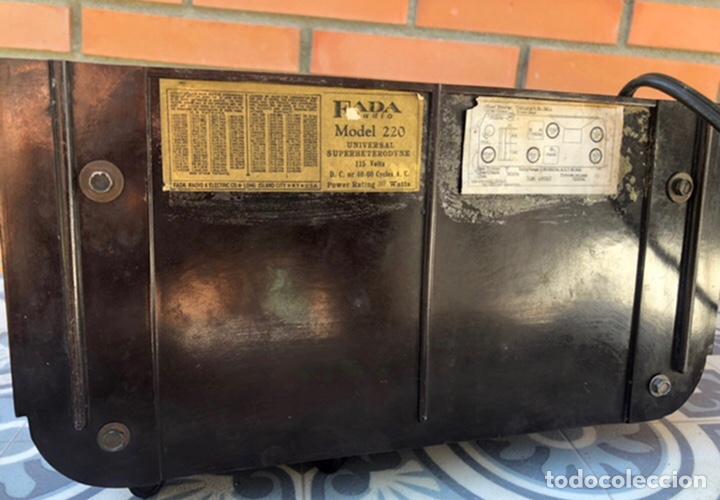 Radios de válvulas: Radio antigua Fada model 220. Más poniendo USMO . - Foto 14 - 218349902