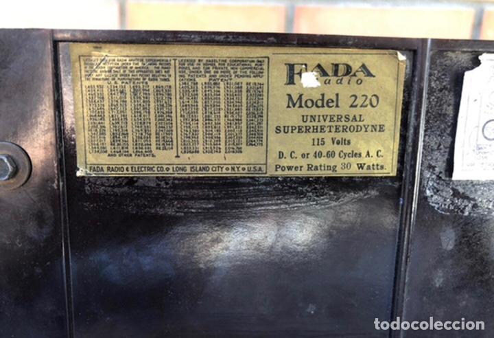 Radios de válvulas: Radio antigua Fada model 220. Más poniendo USMO . - Foto 15 - 218349902
