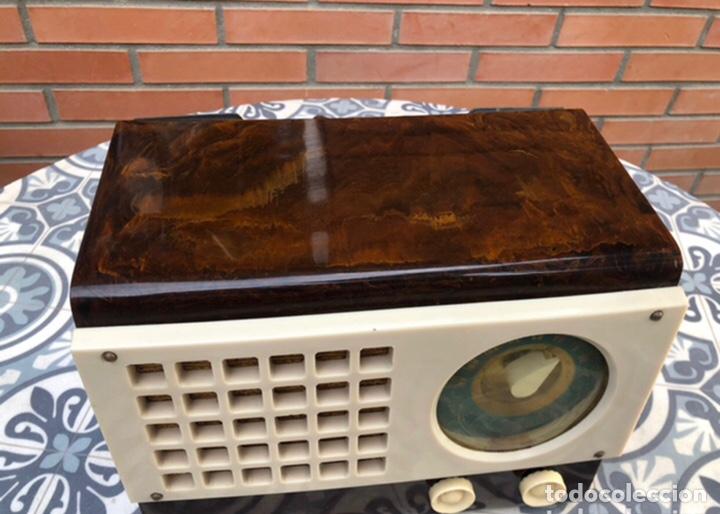 Radios de válvulas: Radio antigua Emerson 520 CH catalin Catalina USMO - Foto 2 - 218449446
