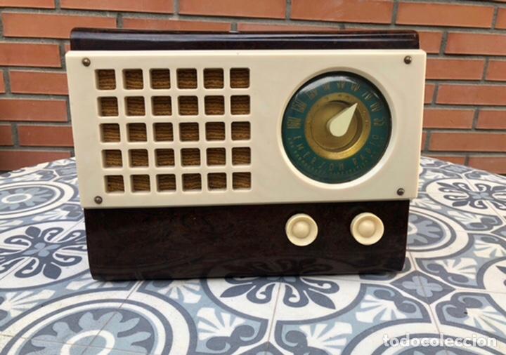 RADIO ANTIGUA EMERSON 520 CH CATALIN CATALINA USMO (Radios, Gramófonos, Grabadoras y Otros - Radios de Válvulas)