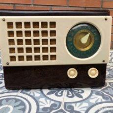 Radios de válvulas: RADIO ANTIGUA EMERSON 520 CH CATALIN CATALINA USMO. Lote 218449446