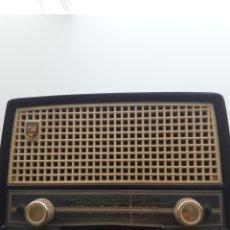 Radios de válvulas: RADIO PHILIPS BE-262-U. Lote 218500198