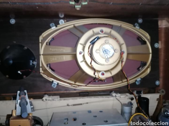 Radios de válvulas: Antiguo radio Grundig funcionando - Foto 7 - 218757106