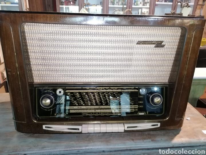 ANTIGUO RADIO GRUNDIG FUNCIONANDO (Radios, Gramófonos, Grabadoras y Otros - Radios de Válvulas)