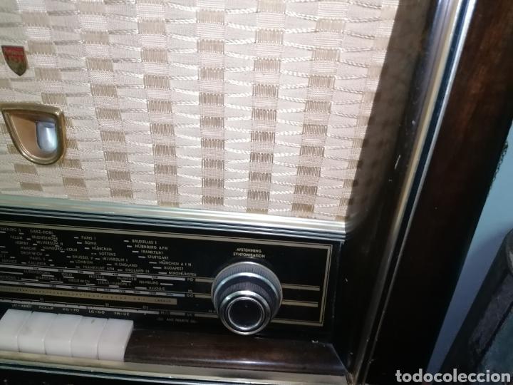 Radios de válvulas: Antiguo radio tocadiscos marca aristona - Foto 3 - 218757632