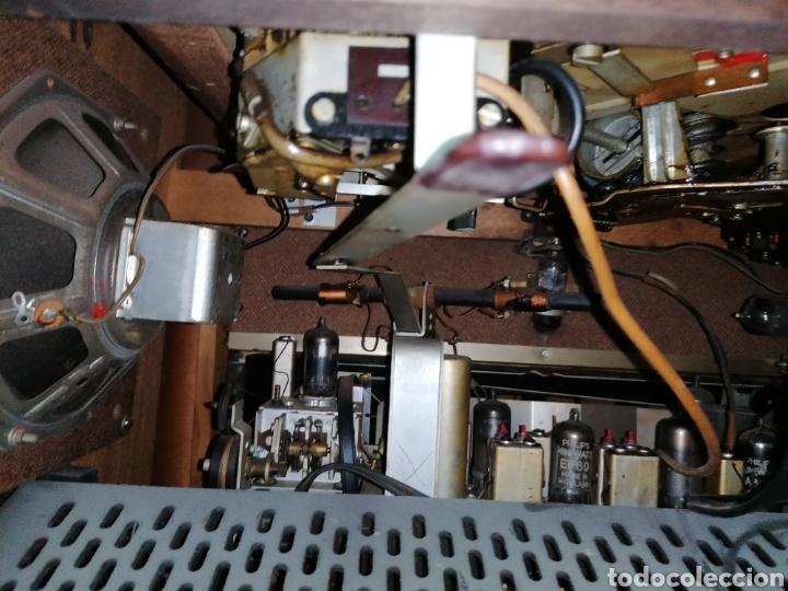Radios de válvulas: Antiguo radio tocadiscos marca aristona - Foto 9 - 218757632