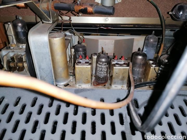 Radios de válvulas: Antiguo radio tocadiscos marca aristona - Foto 12 - 218757632