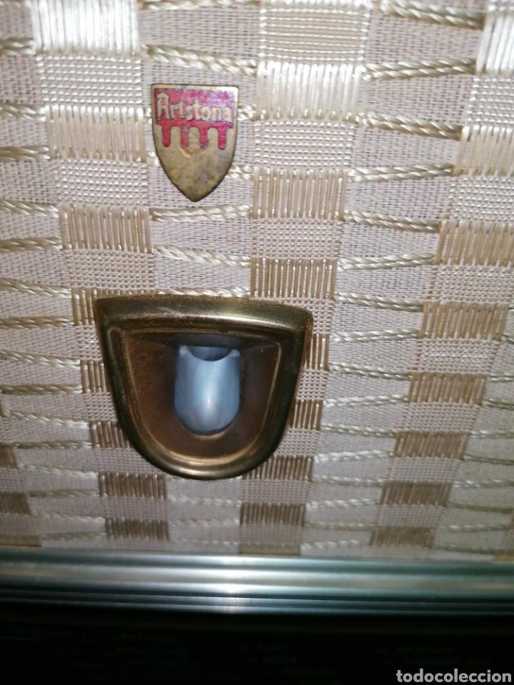 Radios de válvulas: Antiguo radio tocadiscos marca aristona - Foto 14 - 218757632