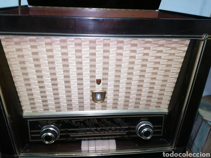ANTIGUO RADIO TOCADISCOS MARCA ARISTONA (Radios, Gramófonos, Grabadoras y Otros - Radios de Válvulas)