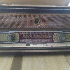 Radios de válvulas: ESPECTACULAR RADIO TOCADISCOS ANTIGUO, INTER, ORIGINAL. Lote 218963443